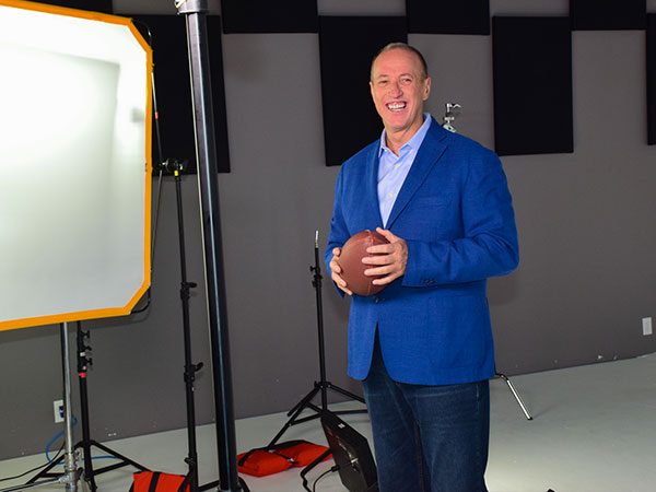 Jim Kelly recording endorsment